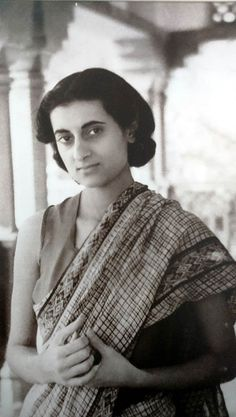 Indira Gandhi Memorial- Reliving Her Memory Rare Pictures, Rare Photos, Vintage Pictures, Cool Pictures, Indira Gandhi, History Of India, Women In History, Historical Quotes, Historical Pictures