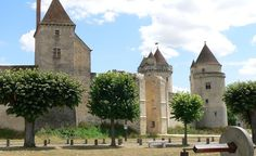 With serious Old World cred, including some of the most beautiful castles on earth, France's Loire Valley is surprisingly affordable, with the average hotel price dropping 19 percent this year.  (Ams22 / Dreamstime.com)