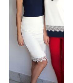 FashionSupreme - Fustă în nuanță fildeș - Haine de damă - Fuste - Fuste pentru cele mai sofisticate gusturi. Haine şi accesorii de marcă. Haine de designer.