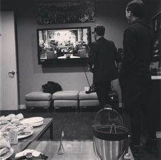 Shannon Leto & Steviec watching Jared Leto at The Ellen Show (09.01.2014).