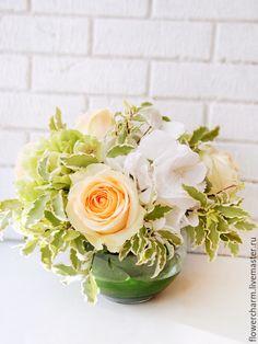 Композиция на стол гостей в вазе - композиция, композиция из цветов, цветы, ваза, розы, свадьба