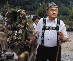 Blatter escapes disguised as the Von Trapps