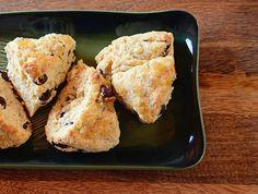 Ginger and dark chocolate scones
