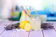 How To Make Lavender Flavored Lemonade and Say Goodbye to Headache and Anxiety - Healthy Food Kings Flavored Lemonade, Homemade Lemonade, Lemonade Drink, Getting Rid Of Headaches, How To Relieve Headaches, Get Rid Of Anxiety, How To Treat Anxiety, Healthy Drinks, Healthy Recipes