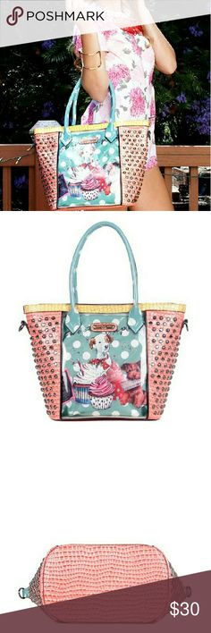 """Nicole Lee Cupcake Dog Tote woth pouch Authentic Nicole Lee Tote with removable pouch, detachable adustable 30-55"""" strap. Faux leather. Only 2 left Nicole Lee Bags Totes"""