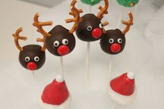 reindeer cakepops, must do for kids classrooms...KATIE place your order now girl ;-)