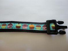Happy Halsband, hippe halsbanden en riemen voor uw hond. Kijk op de Facebook pagina van Happy Halsband.