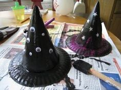 Make these Wicked Witch Hats using old party hats and paper plates!