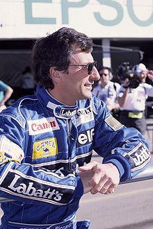 http://upload.wikimedia.org/wikipedia/commons/thumb/9/95/RiccardoPatrese.jpg/220px-RiccardoPatrese.jpgからの画像