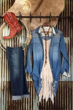 Haute on the Ranch: Statement Styling -- The Duster – Savannah Sevens Western Chic