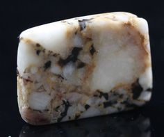 Cataclasite Weighs 12 4 grams Measures 30mm x 25mm x 5mm Robert Simmons writes - Cataclasite is very powerful for stimulating the third eye It