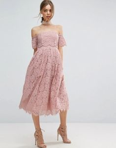 What a (f)airy pink lace dress >>