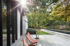 Gallery of HH47 House / JUMA architects - 10 Bungalow, Wooden Facade, Arch House, Long Driveways, Patio Interior, Interior Design, Landscape Materials, Water Element, Garden Architecture