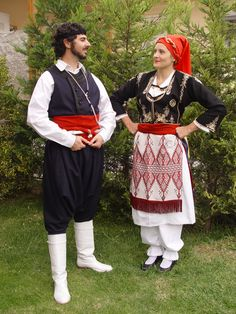 traditional costumes from Crete, Greece