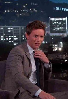 Eddie Redmayne Couldn't Help but Stalk Jennifer Aniston at the SAG Awards