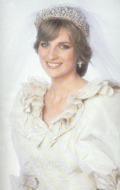 princess diana wedding portrait