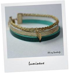 Bracelet manchette en cuir vert émeraude et or