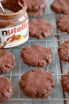 3 Ingredient Nutella Cookies - Yes, just 3 INGREDIENTS! And possibly the nicest cookies ever! Make 3 Ingredient Nutella Cookies in minutes featuring a lovely chewy texture and rich chocolatey flavor. Plus, get more 3 Ingredient Nutella recipes! Nutella Fudge, Nutella Cookies Easy, 3 Ingredient Nutella Brownies, Nutella Snacks, 3 Ingredient Desserts, 3 Ingredient Cookies, Fudge Recipes, Baking Recipes, Cookie Recipes