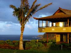 With our many years of experience, Certified Property Solutions understands your needs when renting a home in Honolulu and the island of Oahu. Call (808) 224-0663.