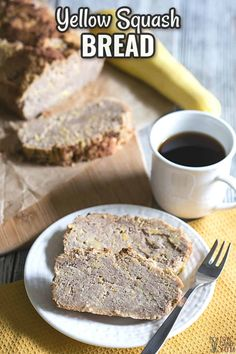 Try this sweet yellow summer squash bread. It's similar to zucchini bread, but uses yellow squash instead. A nice way to use up the garden squash! | LowCarbYum.com Summer Squash Bread, Baked Summer Squash, Yellow Squash Recipes, Summer Squash Recipes, Lowest Carb Bread Recipe, Low Carb Bread, Keto Bread, Best Low Carb Recipes, Keto Recipes