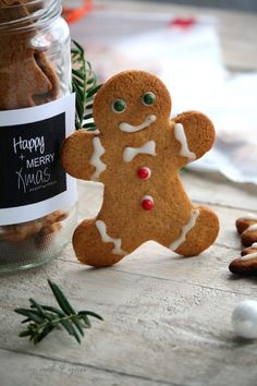 Biscuits pain d'épices - noel Easy Christmas Cookie Recipes, Easy Cookie Recipes, Christmas Cookies, Easy Oatmeal Raisin Cookies, Keks Dessert, Ginger Bread Cookies Recipe, Gingerbread Man Cookies, Cookies Et Biscuits, Cookies Soft