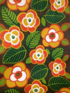 60s vintage mid century modern swedish table cloth with retro pattern. Bright flowers. kr120