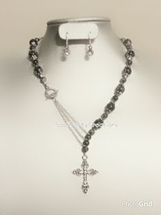 Front Closure Cross Statement Necklace