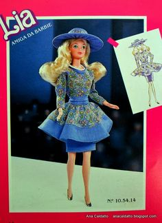 Alta Costura catálogo Barbie Estrela de 1990 Barbie 80s, Barbie Dolls, Vintage Barbie Clothes, Doll Clothes, Barbie Family, Barbie Patterns, Barbie House, Fashion Dolls, Harajuku