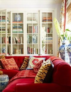 red blue chinoiserie chinoiserie chic love the glass front doors - Glass Front Living Room 2016