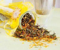 Mit dieser Teemischung zauberst du ein Lächeln in jedes Gesicht: mild aromatischer Tee mit Zitronenmelisse und Apfelminze!