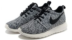 quality design 3c515 bb7ba Buy Nike Roshe Run Womens Grey Black Black Friday Deals WzmRs from Reliable Nike  Roshe Run Womens Grey Black Black Friday Deals WzmRs suppliers.