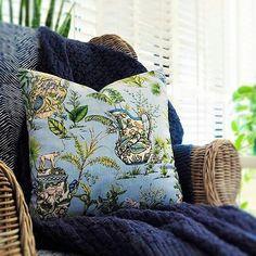 Hamptons House, The Hamptons, Home Furniture, Throw Pillows, Toss Pillows, Home Goods Furniture, Cushions, Home Furnishings, Decorative Pillows