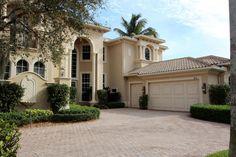 712 Cote Azur Drive, Palm Beach Gardens, FL 33410