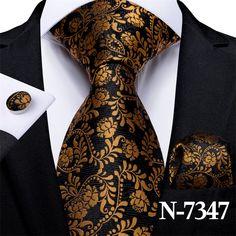 Floral Suit Men, Floral Tie, Mens Silk Ties, Tie Set, Stripes Fashion, Well Dressed Men, Pocket Square, Blue Gold