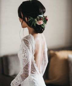 Dream wedding dress. Rustic elegance.