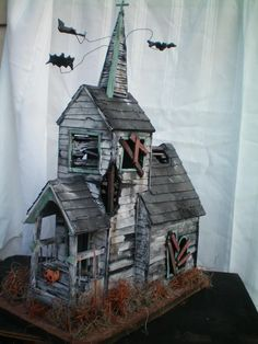 Paper models, House template and Haunted houses