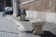 "#Roman teenager takes advantage of the benches in #PiazzaDelPopolo to ""sunbathe"""