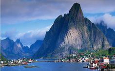 Reine, Moskenesoya, Norway