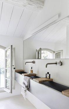 visite deco maison provençale ancienne ferme salle de bain rustique moderne