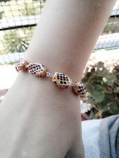 Pulsera de eslabones con cuentas de cerámica estampada. Les joies de la Bubuu. #pulsera #joya #estampado #cerámica #bracelet #jewel