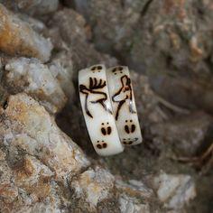 Handmade jewelry made from naturally shed deer antlers. Cowgirl Wedding, Camo Wedding, Wedding Rings, Antler Wedding, Camouflage Wedding, Shotgun Wedding, Wedding Band, Dream Wedding, Deer Antler Ring