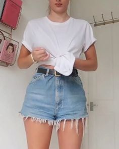 summer outfits women over 40 ; summer outfits plus size ; Trendy Summer Outfits, Short Outfits, Casual Outfits, Outfit Ideas Summer, Mom Jeans Outfit Summer, Diy Outfits, Summer Fashions, Dress Casual, Casual Summer