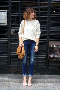 Sweatshirt + jeans