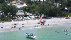 Mucky Duck, Captiva Island: The World's Best Beach Bars - MensJournal.com