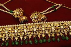 Jadavi guluband (choker)... i will def wear this jwellery for my haldi ..