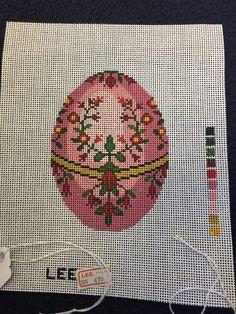 LEE  Easter Egg in Pink