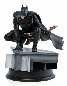 The Dark Knight Rises: Batman Scale Action Hero Vignette The Dark Knight Rises, Batman The Dark Knight, Batman Dark, Crusader 2, Comic Art, Comic Books, Dc Comics Art, Detective Comics, Figure Model