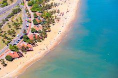 Fotógrafo retrata algumas das mais lindas praias capixabas vistas de cima
