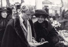1978 - David Bowie as Paul von Przygodsk and Maria Schell as Pauls von Przygodski in Just a Gigolo (backstage photo) 70s.