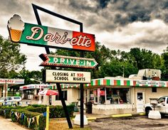 Dari-ette, an independent drive-in on Minnehaha Ave on the east side of St Paul.